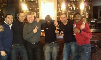 Tom celebrates the news of Tess' birth with some other V fellas!