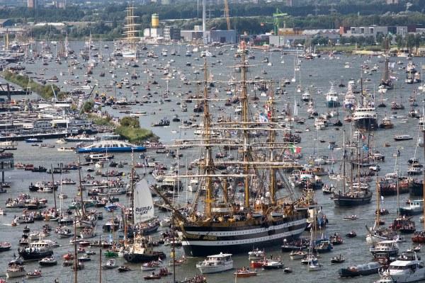 Sail-In-Amsterdam-2015-bootverhuurnaarderbos